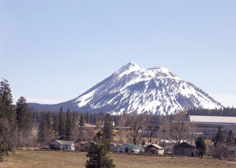 Black Butte and valley as seen from Weed, CA