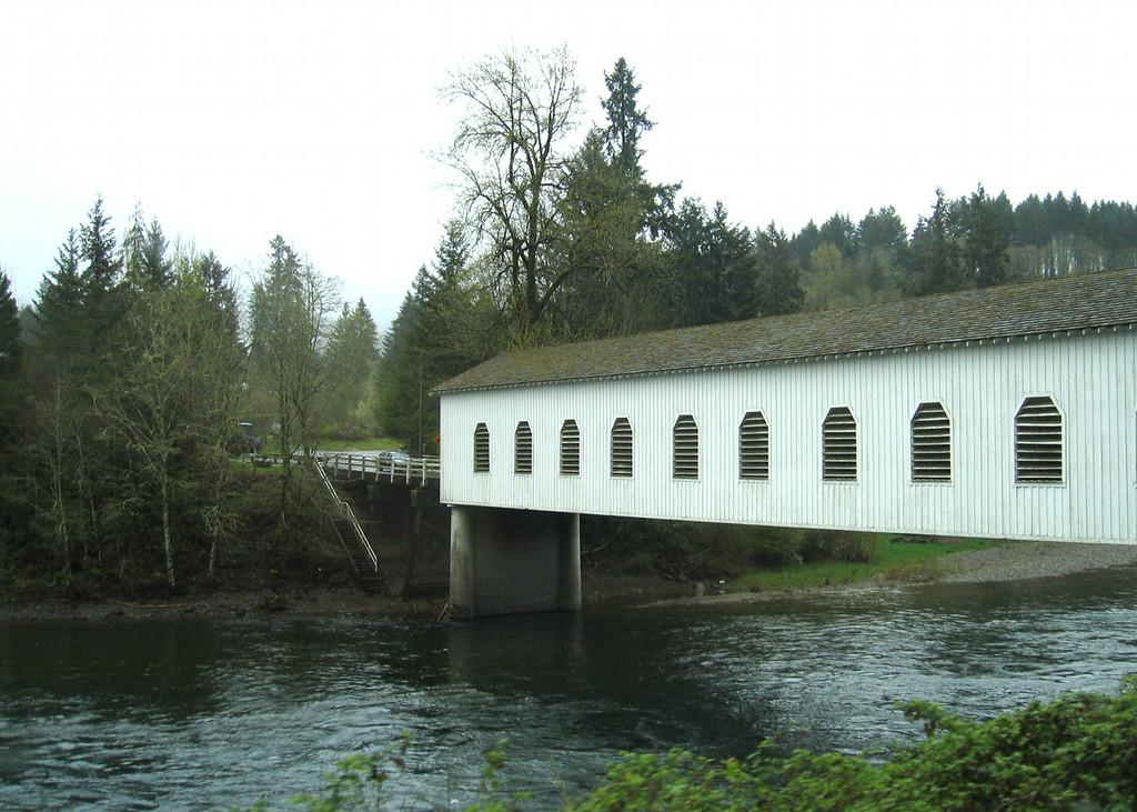 Good Pasture covered bridge near Indian Creek, built in 1938