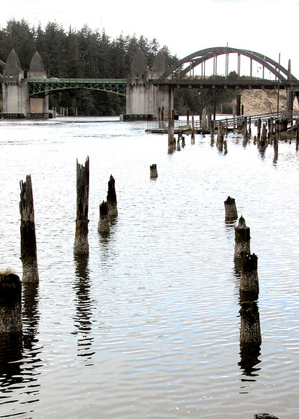 Bridge over the Siuslaw River in Florence, OR