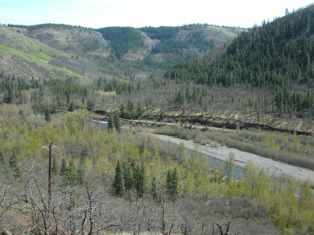 Klickitat River from 141