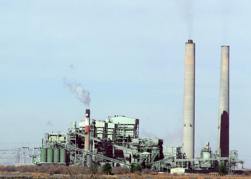 Cholla Power Plant between Holbrook, AZ and Winslow, AZ