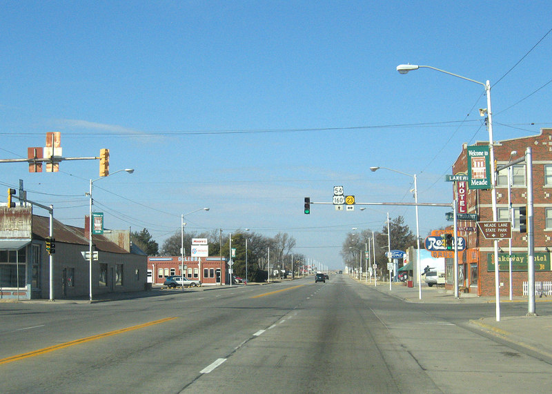 Mead, KS along route 283