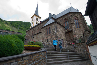 We went for a walk in Bremm to see the village and the vineyards.
