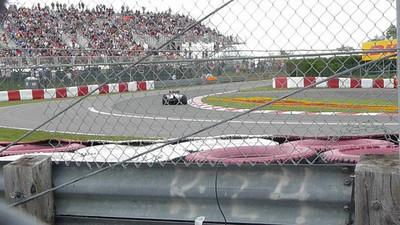 F1 cars practice.