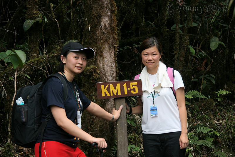 Cherie and Yen Ling at 1.5 km.