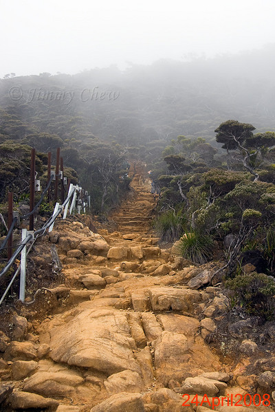 Rocky and muddy trail to Laban Rata.