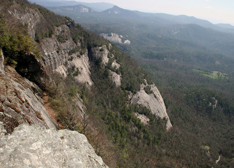 It's incredible to realize you are right on the rim of the plateau