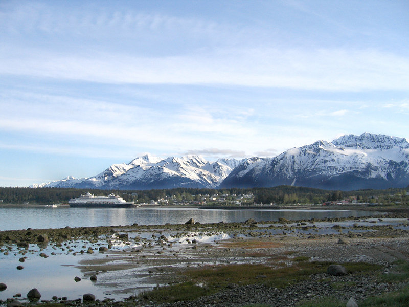 Cruise ship and Ft. Seward with the Chilkat Mountains in the background.