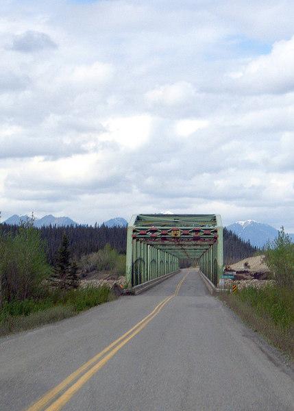 Donjek River Bridge