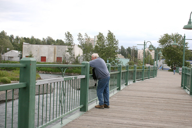 Mike on the fish viewing platform across Ship Creek