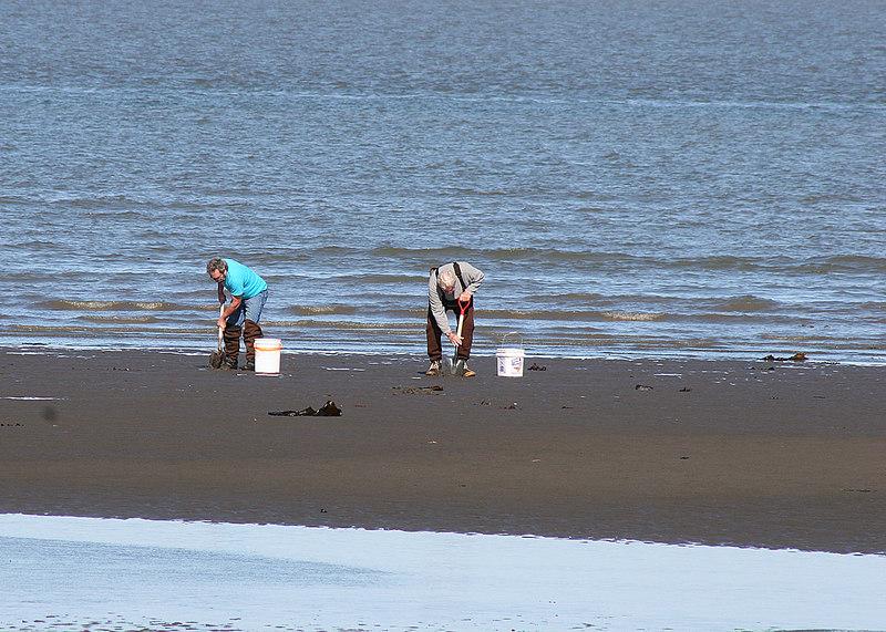John, ower of the Kasilof RV Park and Mike at the beach at Ninilchik Village, AK