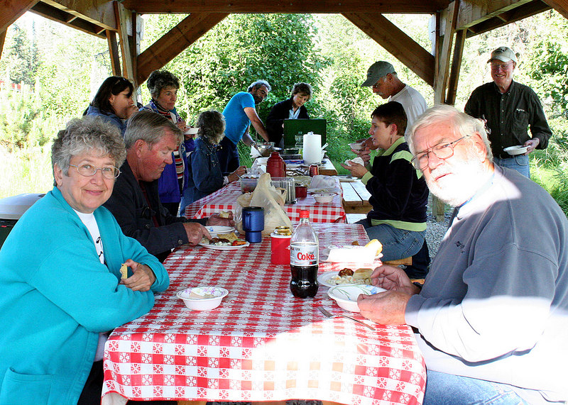 Mary, Mike and others enjoying the clam dinner
