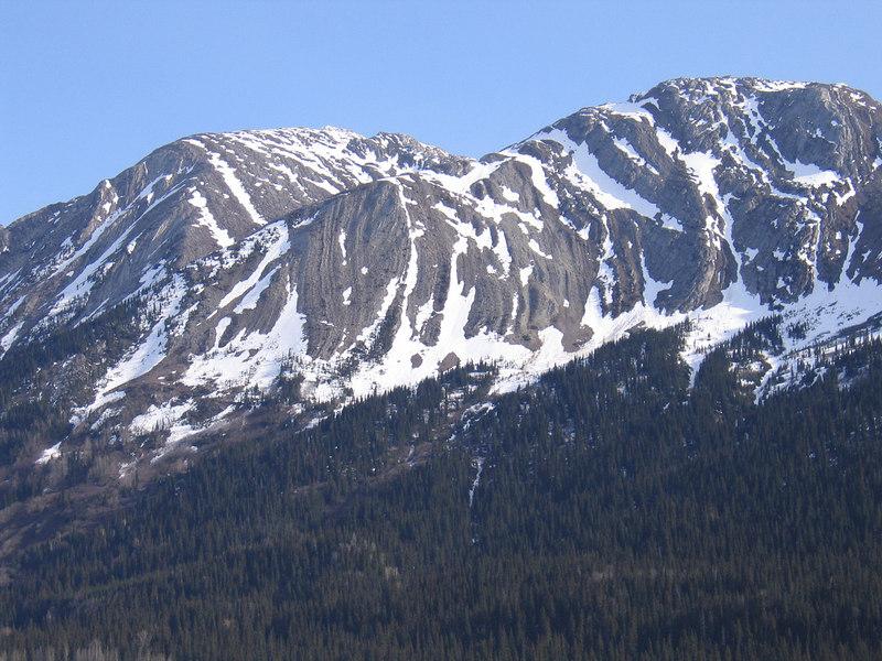 Mountains around Pine Summit Pass