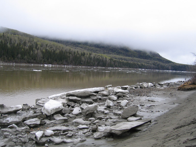 5/14/06 - Snow along the Liard River