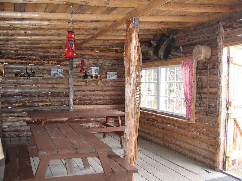 I5/16/06 - nside the recreation cabin at Caribou RV Park