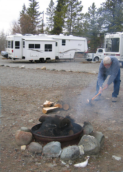 5/16/06 - Mike splitting wood at the Caribou RV Park