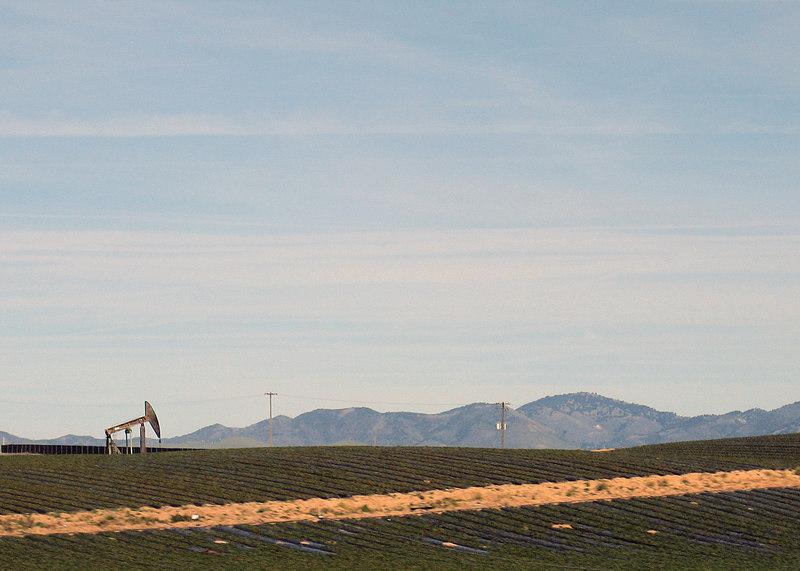 Oil rig around Santa Maria, CA