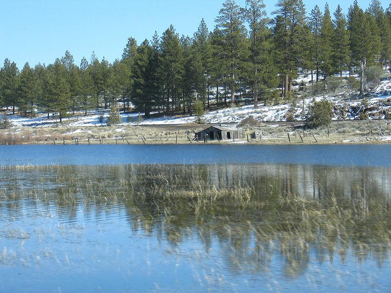 Grass Lake north of Weed, CA