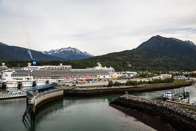 Skagway - Cruise Ship docked (Not our ship)