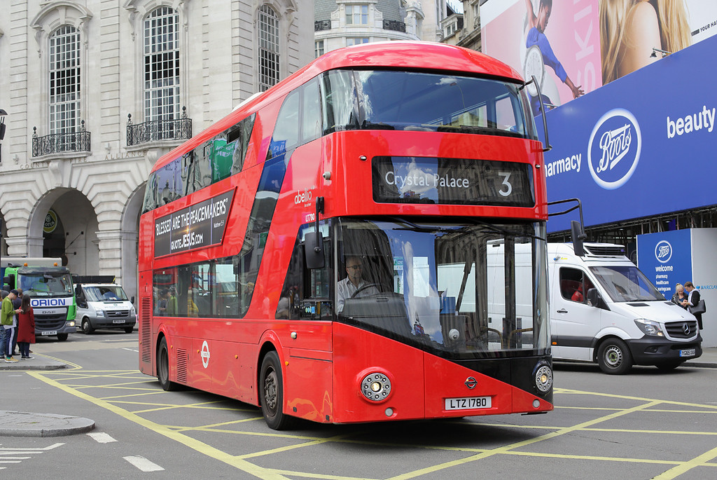 LT780 LTZ1780, Piccadilly Circus 7/6/2017