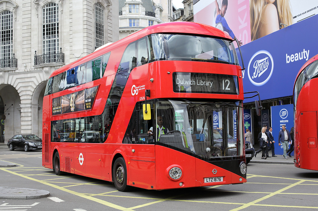 LT676 LTZ1676, Piccadilly Circus 7/6/2017