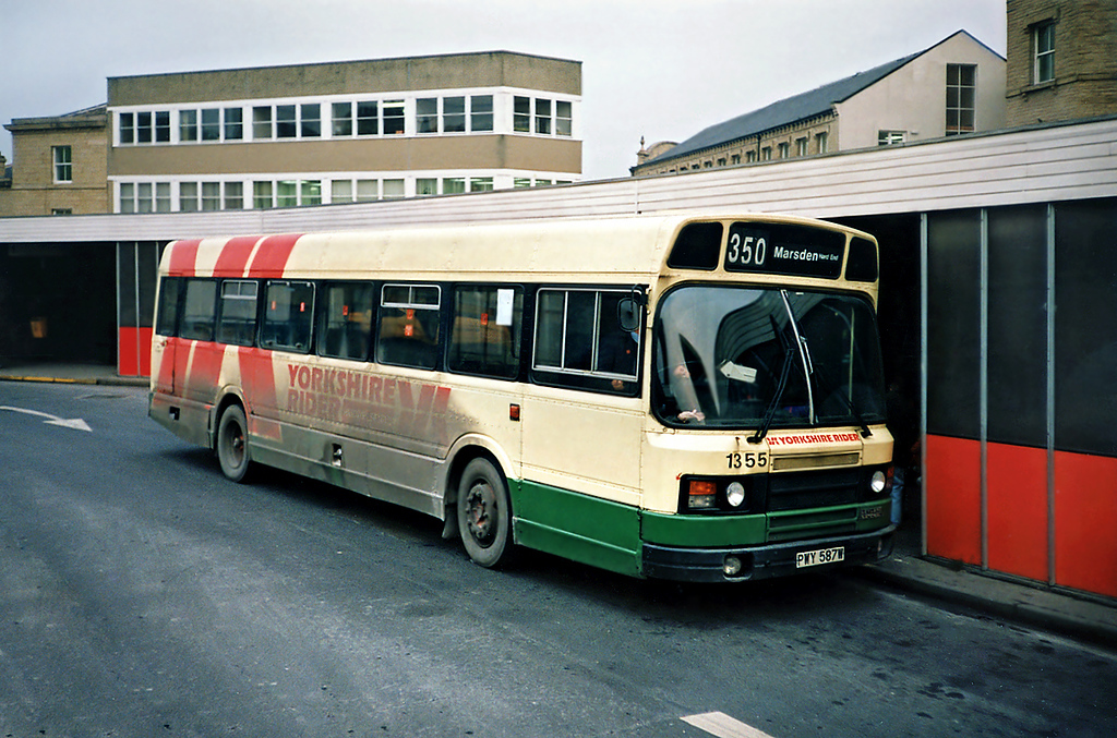 1355 PWY587W, Huddersfield 4/2/1991