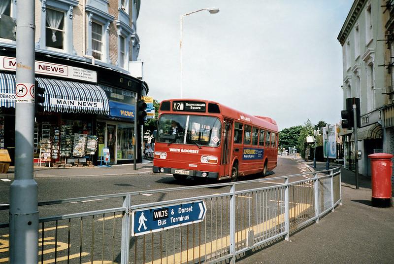 3722 VFX988S, Bournemouth 7/7/1991