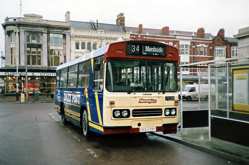 7028 EKA228Y, Southport 8/2/1991