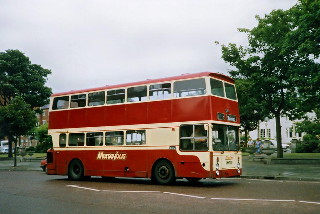 1702 JWM702P, Southport 11/7/1991