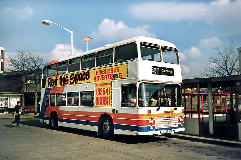 2041 LFJ857W, Burnley 13/3/1991