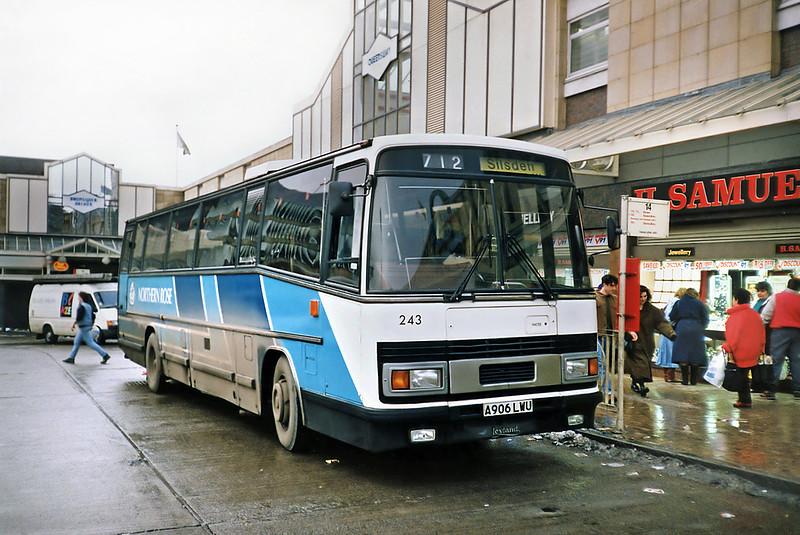 243 A906LWU, Keighley 15/2/1991