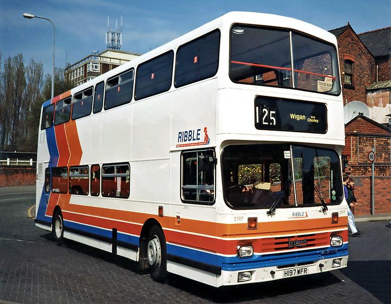 2197 H197WFR, Wigan 15/4/1991