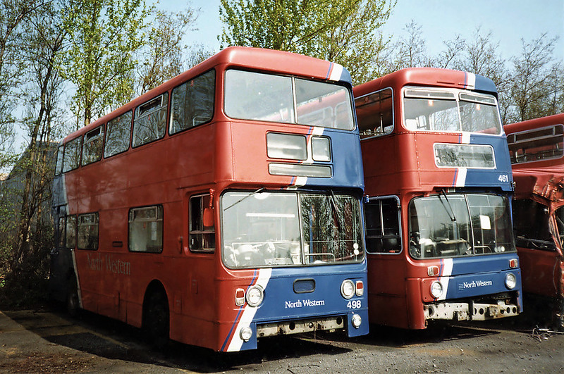 498 MPJ209L and 461 NRN384P, Skelmersdale Depot 15/4/1991