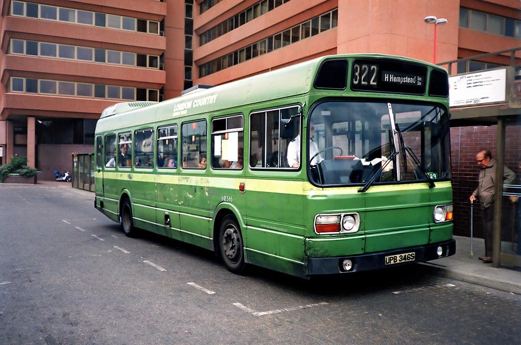 SNB346 UPB346S, Watford Junction 15/5/1991