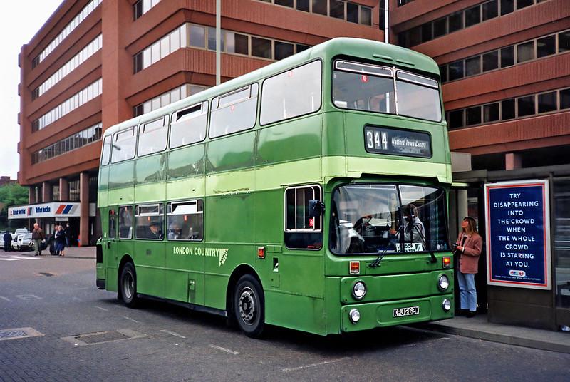 AN262 KPJ262W, Watford Junction 15/5/1991
