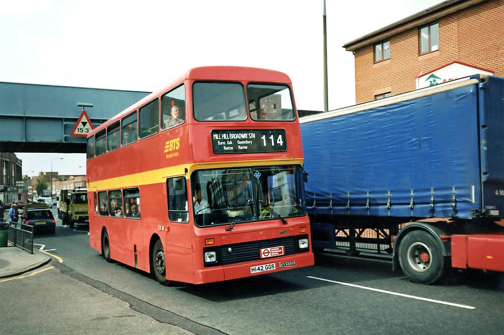 H142GGS, South Harrow 15/5/1991
