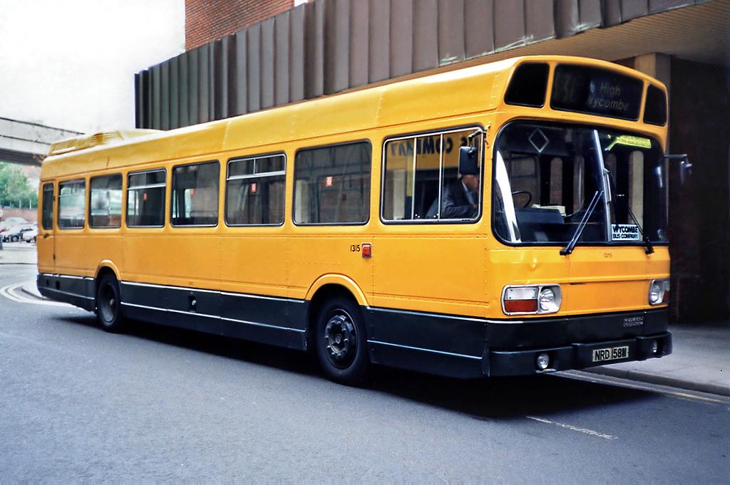 1315 NRD158M, High Wycombe 15/5/1991