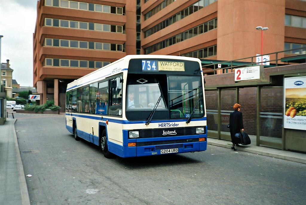 G204URO, Watford Junction 15/5/1991