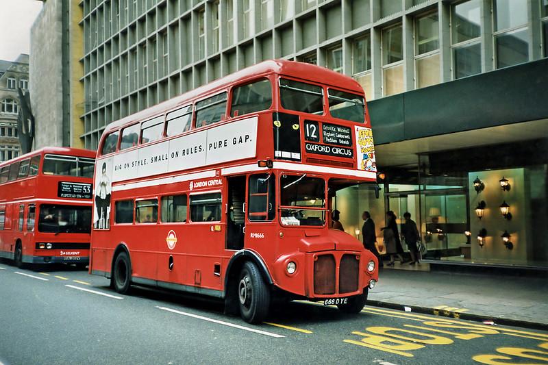RM1666 666DYE, Oxford Circus 16/5/1991
