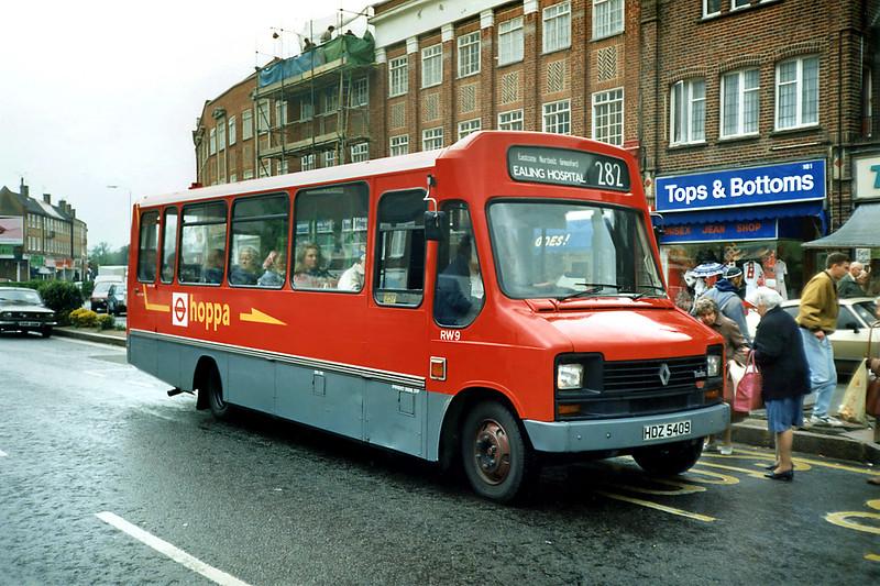 RW9 HDZ5409, Eastcote 16/5/1991