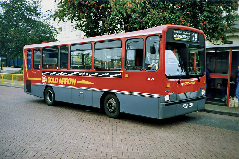 DW29 JDZ2329, Golders Green 16/5/1991