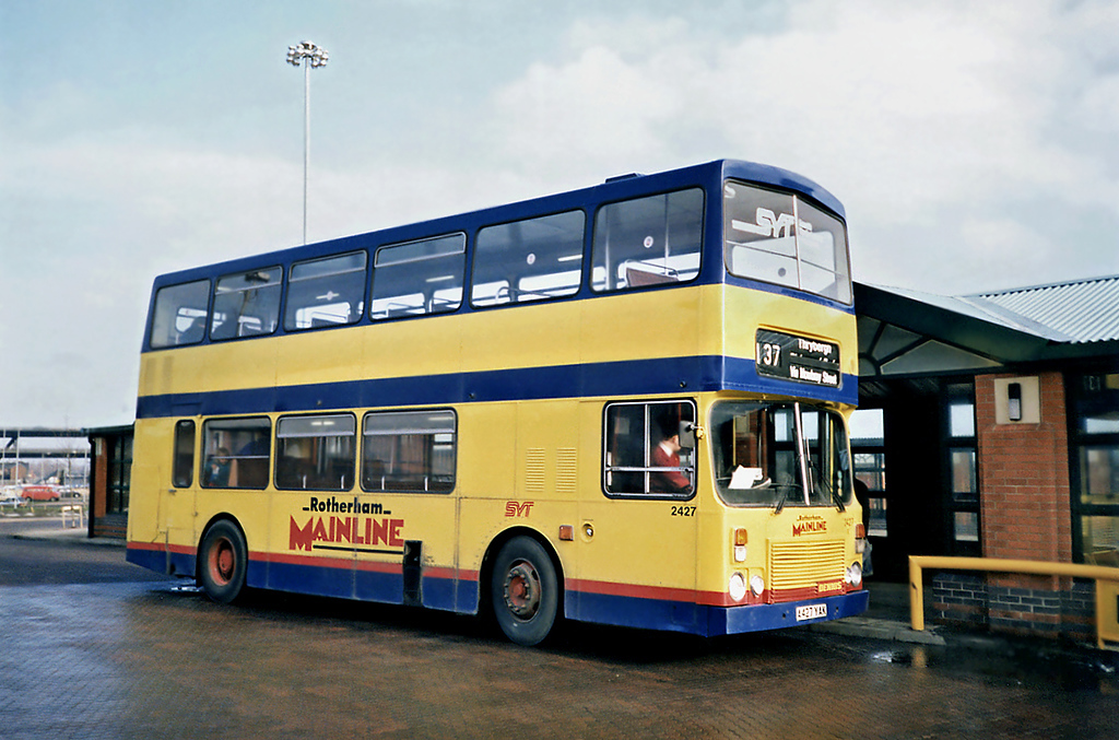 2427 A427YAK, Meadowhall 17/2/1991