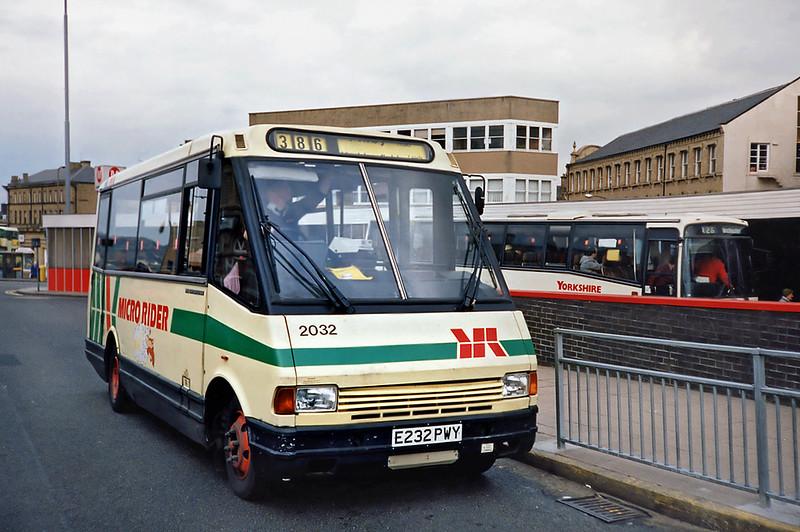 2032 E232PWY, Huddersfield 20/4/1991