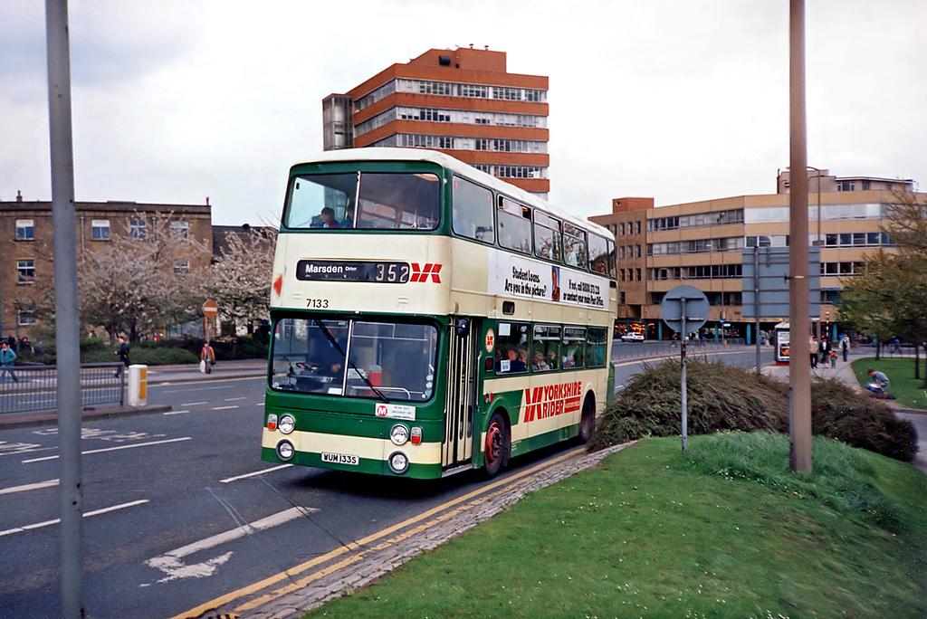 7133 WUM133S, Huddersfield 20/4/1991
