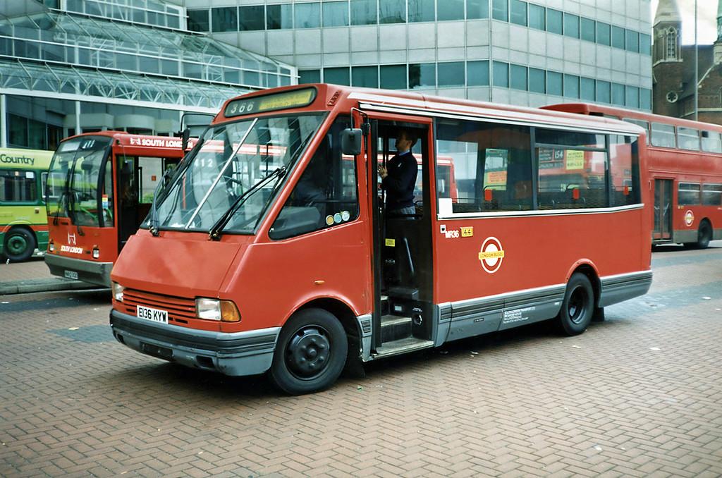 MR36 E136KYW, Croydon 20/5/1991