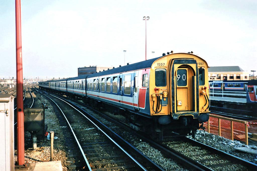 1557 and 3161, London Bridge 20/5/1991