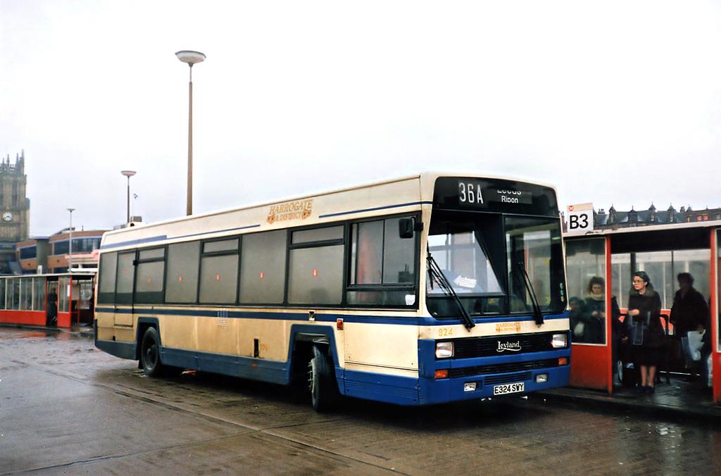 324 E324SWY, Leeds 22/2/1991