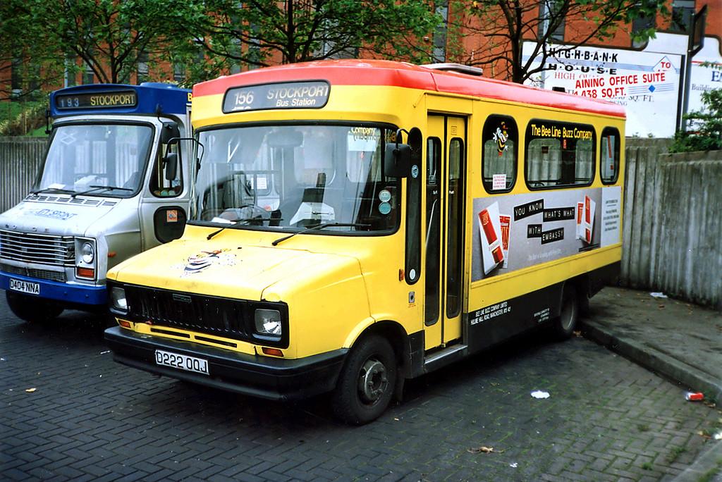 3222 D222OOJ, Stockport 24/6/1991