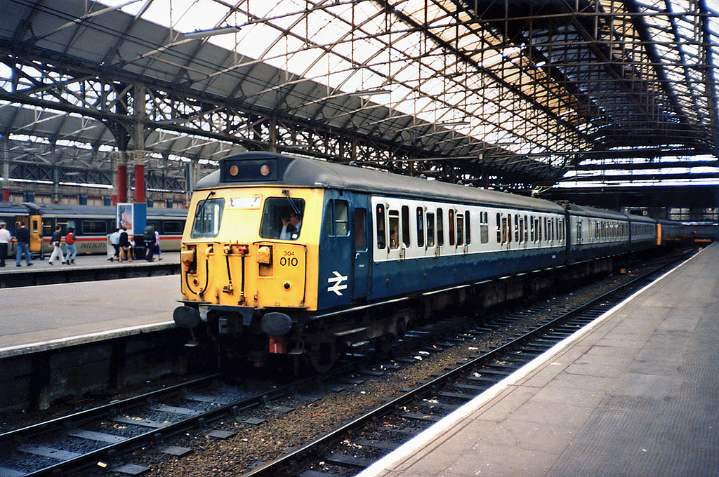 304010 Manchester Piccadilly 24/6/1991