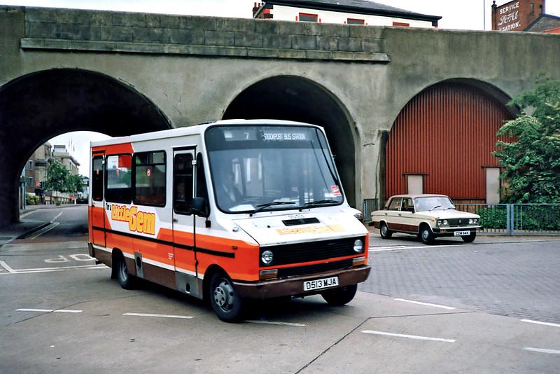 1513 D513MJA, Stockport 24/6/1991